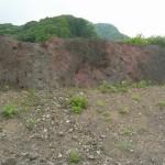 浅間山の泥流に由来する応桑岩屑堆積物(上の部分、川原湯地区)