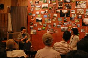 東京に住まう人々と八ッ場ダムとの繋がりについて語る森まゆみさん