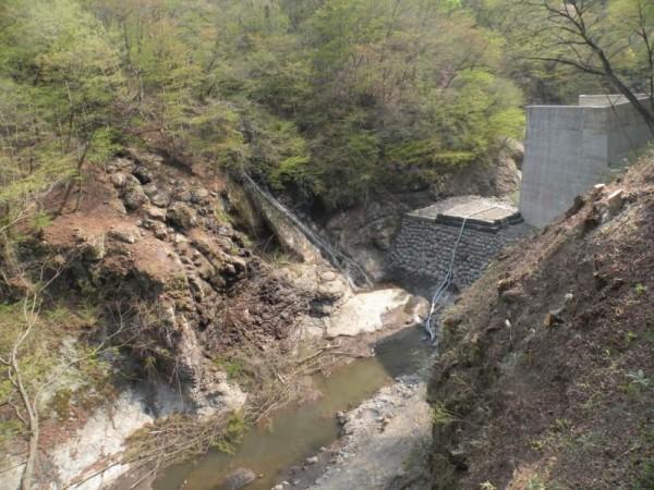 HP仮締切工事と栃洞の滝