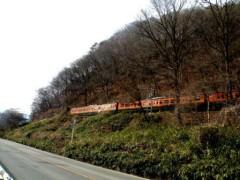 八ッ場ダム本体工事予定地を走る吾妻線