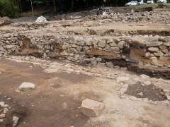 石垣に残された土壁の跡