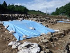 川原畑地区の西宮遺跡 ダム事業による発掘作業で、江戸・天明期の浅間山大噴火による泥流に埋もれた集落が姿を現した。