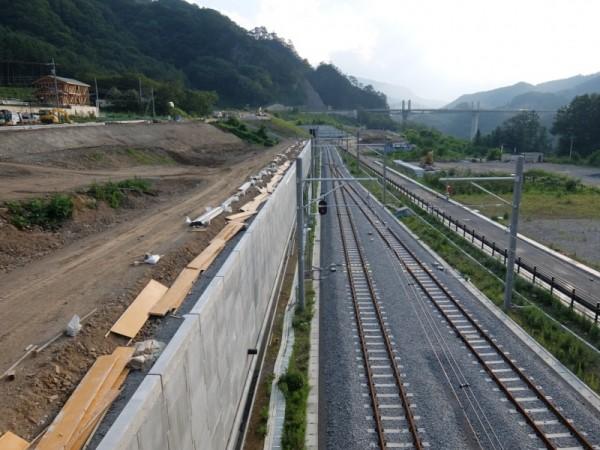 新線の擁壁shuku
