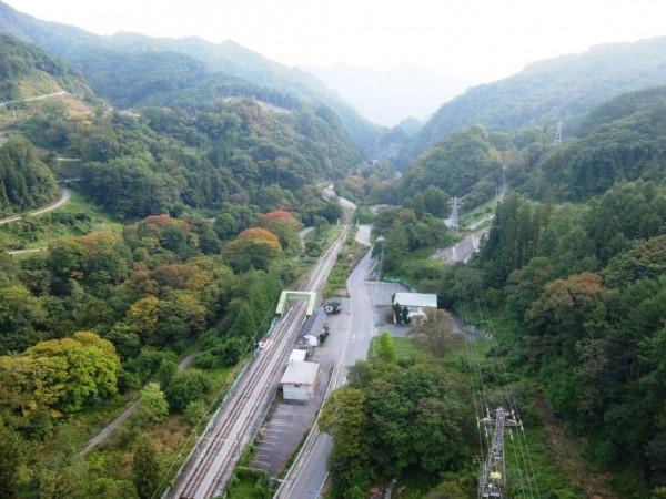 八ッ場大橋から吾妻渓谷を望むshuku
