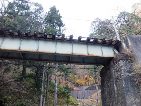 線路と谷止めshuku