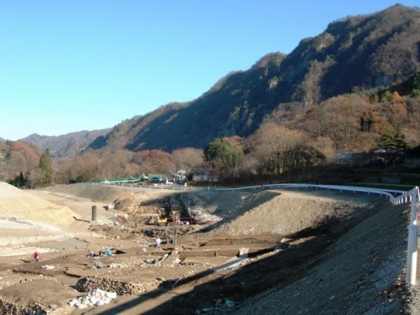 横壁中村遺跡発掘調査2005年12月1日shuku