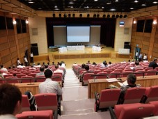 公聴会の会場