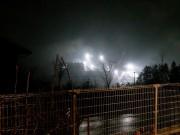 本体工事の巨大なライト