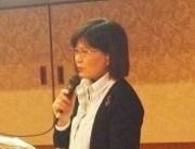 「八ッ場ダム住民訴訟11年間の闘い」について報告する東京の会代表の深澤洋子さん