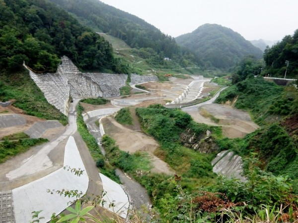 浅川ダムの上流側 (2)