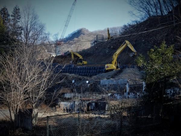 温泉街の町道建設
