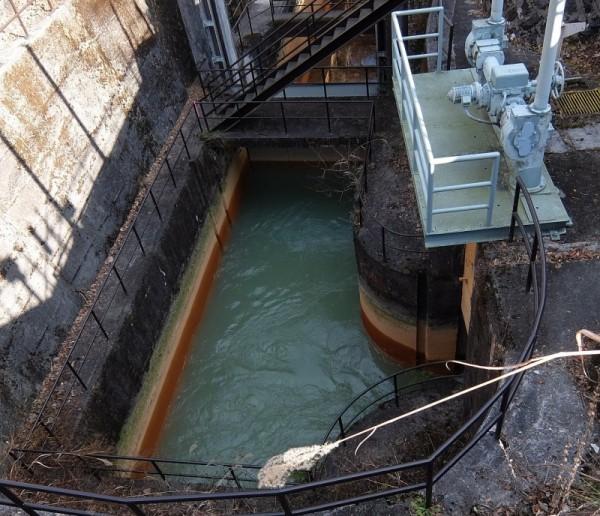 松谷発電所下の導水管
