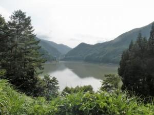 藤原ダム湖